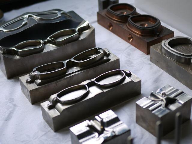眼鏡製造イメージ写真01